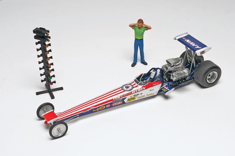 1/24 Tom Mongoose McEwen Rail Dragster Plastic Model Kit - RV4908